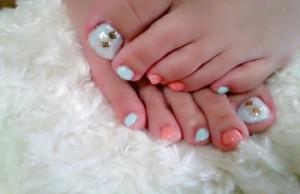 ブルー&オレンジが爽やかフレッシュカラーネイル☆