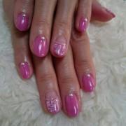 ツィード模様の上品なフレンチ☆ピンクのロマンティックネイル